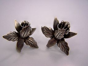Vintage Mexican Silver Earrings Dimensional Floral