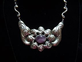Mexico City Repousse Mexican Silver Amethyst Necklace