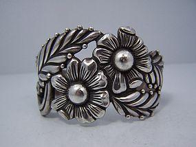 Los Castillo Rare Vintage Mexican Silver Bracelet 710