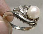 Elegant 18K WHITE GOLD PEARL RING c1950s