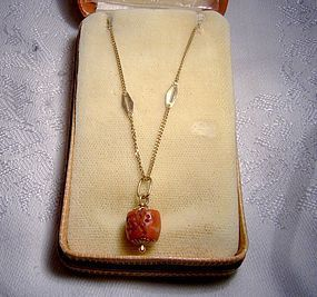 UNO A ERRE 18K RED CORAL PENDANT & CHAIN c1960s in Box