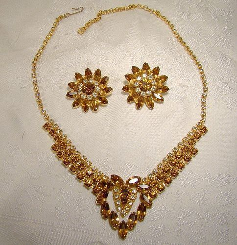 CONTINENTAL CHAMPAGNE & CINNAMON RHINESTONE NECKLACE EARRINGS Heart