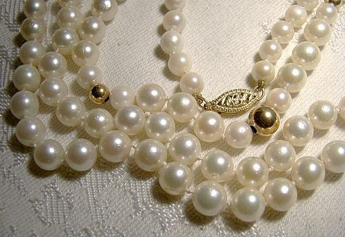 ae98fdcb0ef92 Pearls Strand Necklace w/ 14K Gold Clasp and Balls 1960s - 128 ...