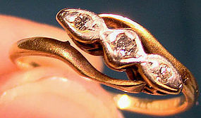 Edwardian 18K & PLATINUM DIAMONDS RING c1910