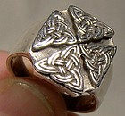 Large STERLING SILVER CELTIC ETERNITY KNOT SIGNET RING