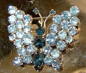 Flashy Rhinestone BUTTERFLY PIN c1950s