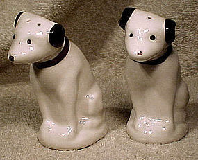 Pair NIPPER RCA DOG CERAMIC SALT & PEPPER SHAKERS