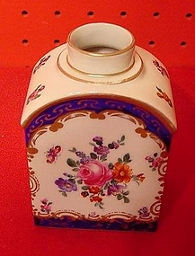 EUROPEAN TEA CADDY