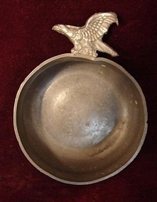 19TH CENTURY PEWTER PORRINGER,AMERICAN EAGLE