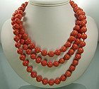 C 1970 Luxe Heavy Coral Glass Beaded 62 Inch Necklace