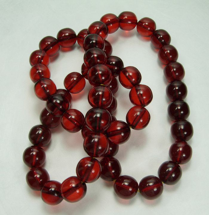 1930s Cherry Amber Bakelite Necklace 140 Grams 30 Inch