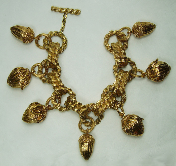 1980s French Very Big Couture Charm Bracelet Noisette Drops