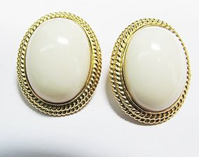 Oval Coral Earrings in 14Kt Gold from Gump�s