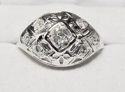 18Kt White Gold and Diamond Openwork Ring