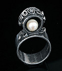 ROACH2-B and P ROACH MOD STUDIO SILVER PEARL RING