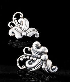 Margot de Taxco Mexican silver Hibiscus Earrings 5488