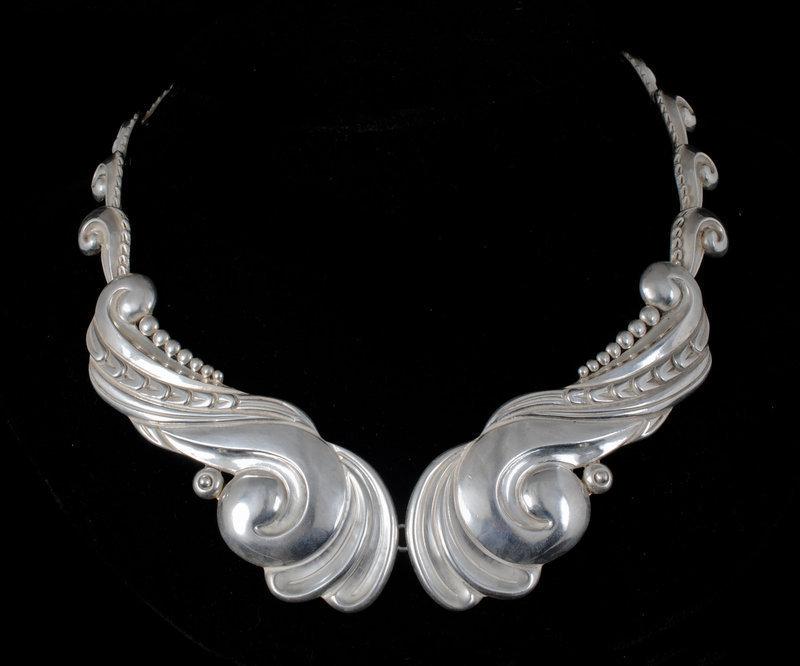 gorgeous Los Castillo Mexican silver repousse Necklace
