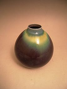 JAPANESE 20TH C. VASE BY LNT TOKUDA YASOKICHI III