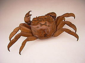 Japanese Taisho 13 (1925) Carved Wooden Crab Okimono