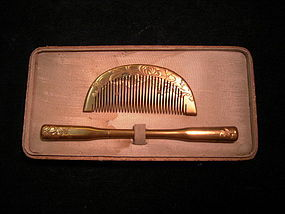 JAPANESE EARLY SHOWA PERIOD COMB SET