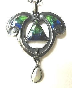 Sterling Enamel Pendant by QUEENSWAY – for Liberty?