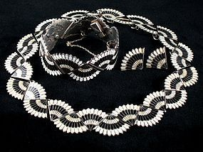 MARGOT DE TAXCO SILVER, BLACK & WHITE ENAMEL SET