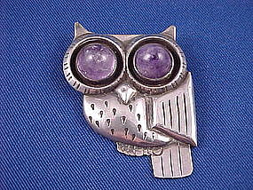 WILLIAM SPRATLING Sterling & Amethyst Owl Pin
