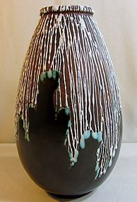 CERAMIQUE D'ART DE BORDEAUX LARGE VASE, CAB.