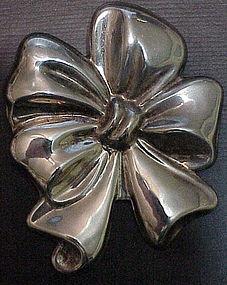Los Ballesteros Bow brooch / pendant- Vintage, Mexican