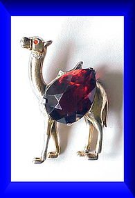 Reja sterling faux ruby belly camel brooch / pin