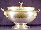 Meriden oval 'Muzzle' silver plate soup tureen