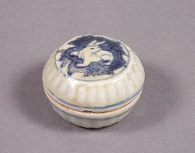 Small Chinese Blue and White Seal Paste or Cosmetic Box