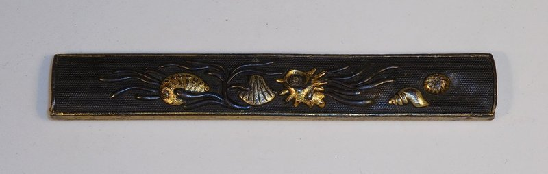 Mixed Metal Kozuka, Shells and Seaweed Motif on Shakudo Nanako Ground