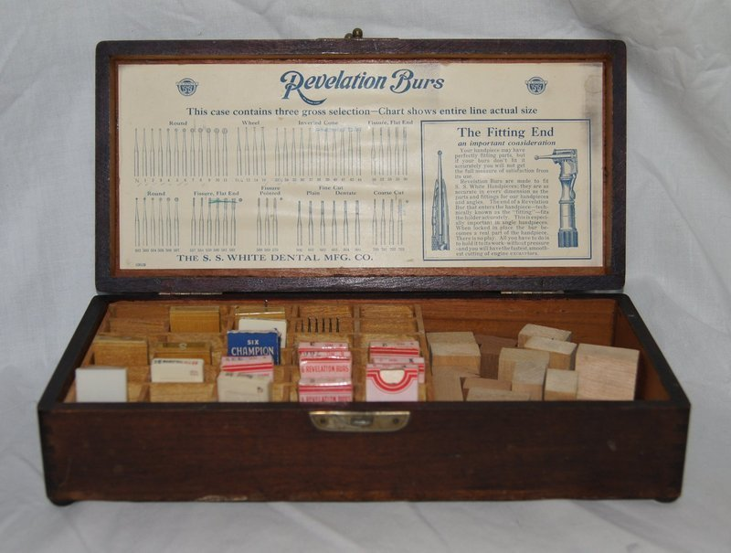 Vintage 1920s SS White Dental Dentist Burs Boxed Case