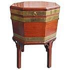 Fine 18th Century  Octagonal Cellarette or Wine Cooler
