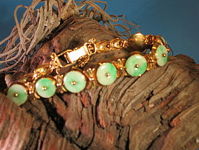jadeite and 14k gold link bracelet