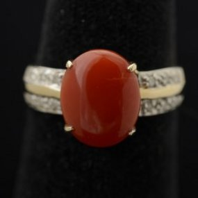Coral yellow gold and diamond ring