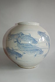Blue and white round jar, ceramic, Korea 19th/20th century