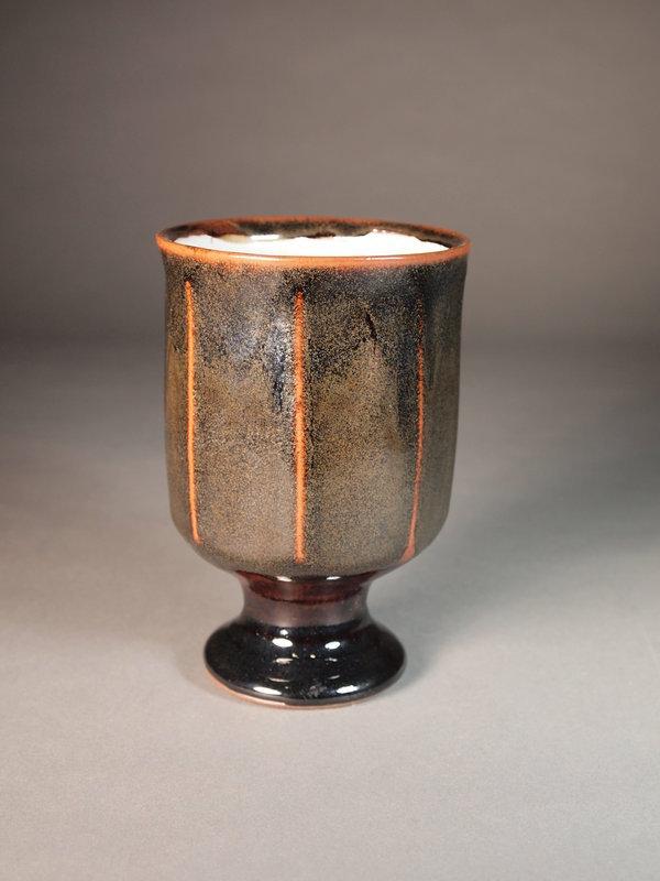 Japanese ceramic vase by Ichino Hiroyuki