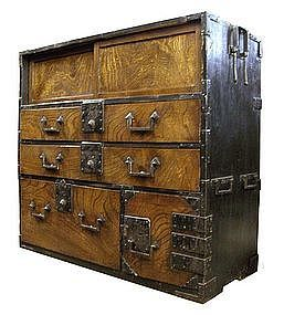 Antique Japanese Cho-ba tansu,  Edo Period